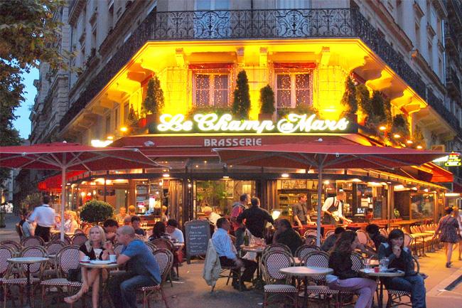 Brasserie a Parigi