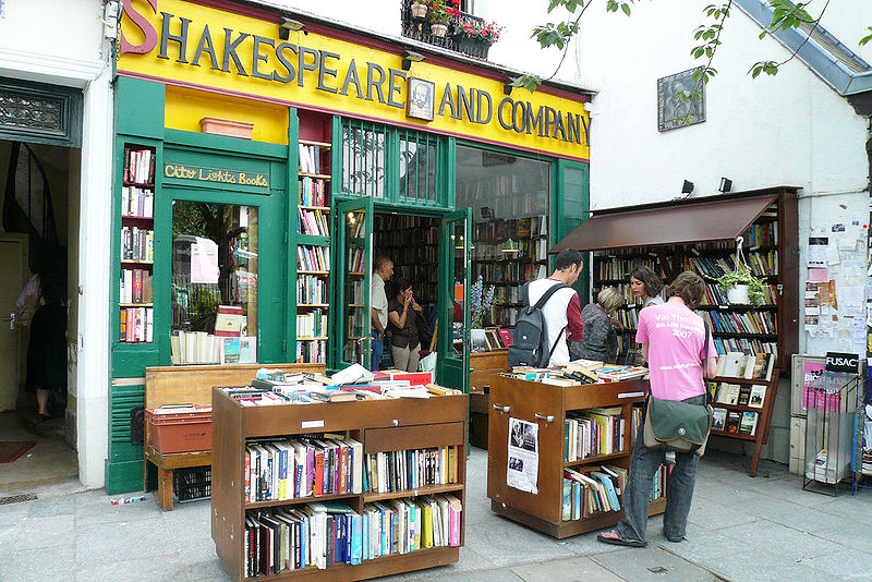 Shakespeare & Company, en la librería de Hemingway